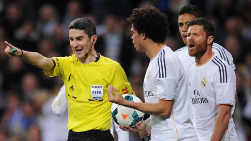 جماهير ريال مدريد لا تتفائل بحكم مباراة فياريال