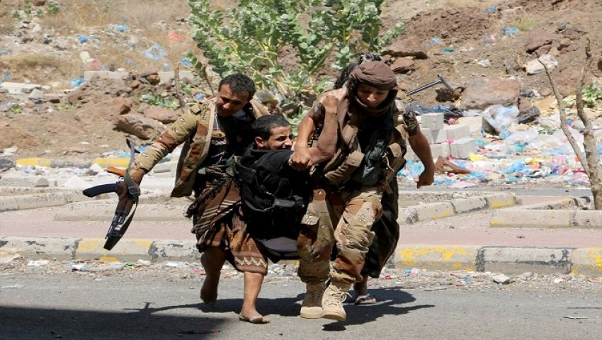 الحوثي تعلن قنص 7 جنود سعوديين على الشريط الحدودي مع اليمن