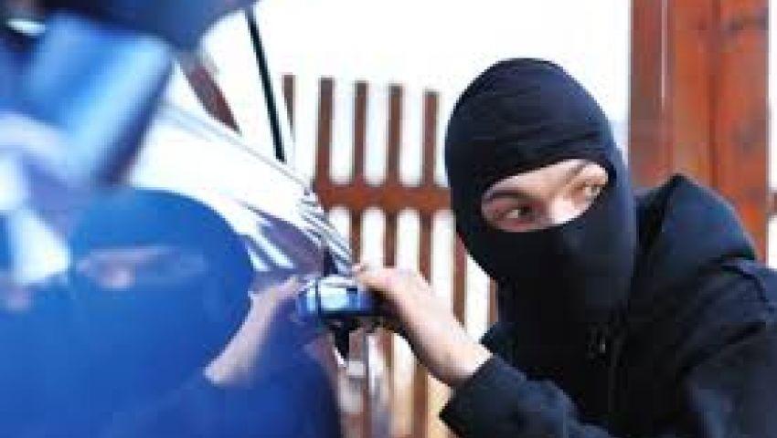 ملثمون يسرقون سيارة تحت تهديد السلاح بالشرقية