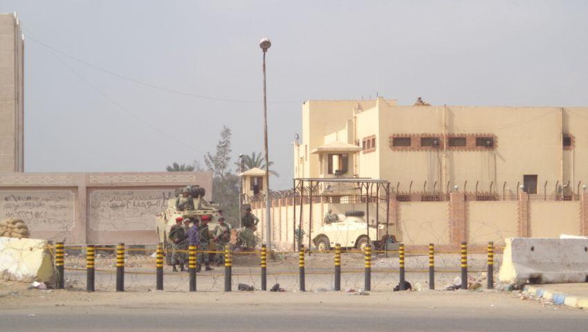 حبس مأمور سجن المستقبل ورئيس المباحثفي واقعة هروب 6 مساجين