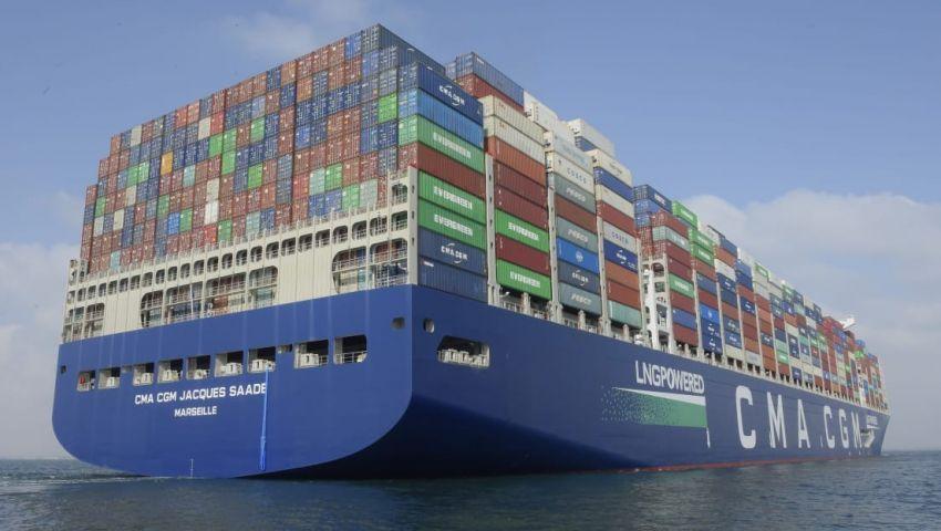 صور| عبور أكبر سفينة حاويات في العالم  قناة السويس