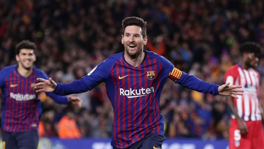 ميسي يحطم رقم أسطورة ريال مدريد التاريخي