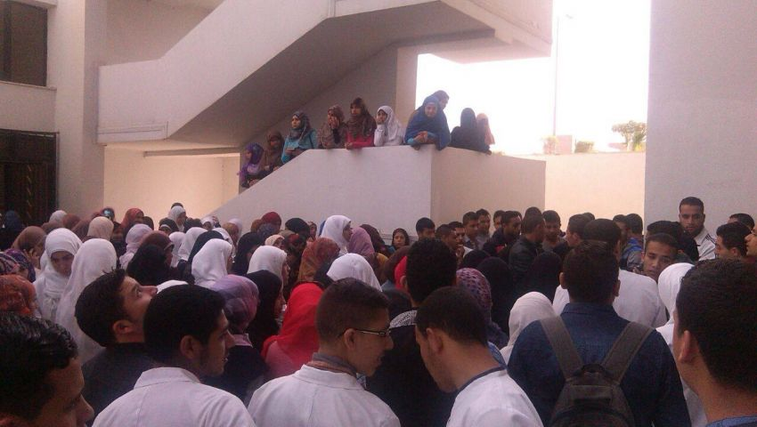 طلاب تمريض القناة يعلقون إضرابهم عن الدراسة