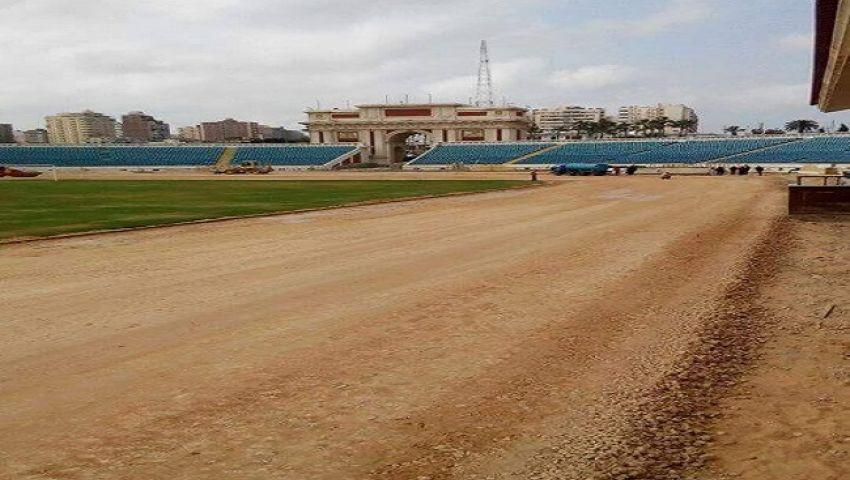 وزير الرياضة يحدد موعد الانتهاء من تطوير استاد الإسكندرية