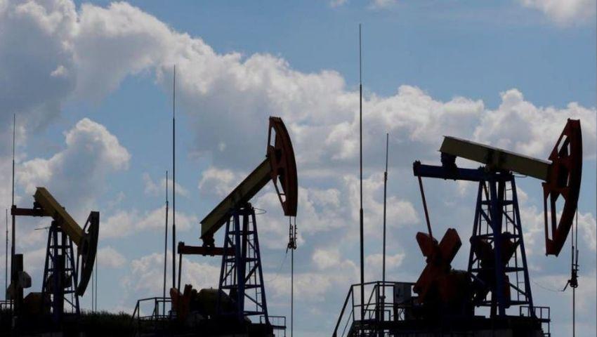 مكالمة هاتفية تتحدى كورونا وتدفع بأسعار النفط نحو الصعود.. «تفاصيل»