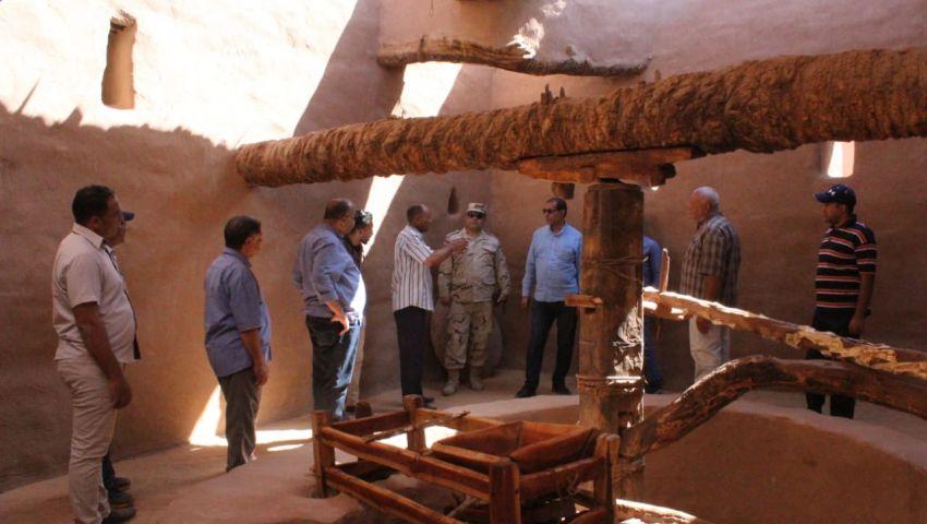 صور| «بلاط» مدينة أثرية تتحول لمزار سياحي.. شاهد عملية الترميم