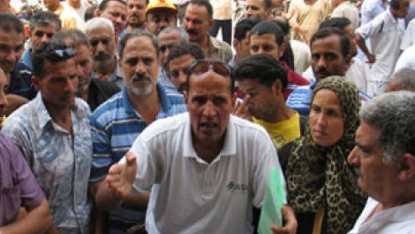 العمال يحتجزون عضوًا بمجلس إدارة غزل كفر الدوار