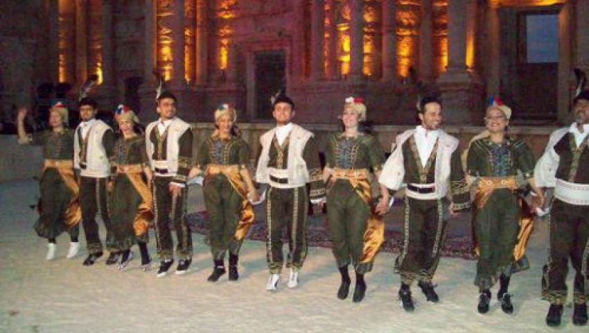 فرقة التنورة تشارك فى مهرجان الصين الفلكلورى