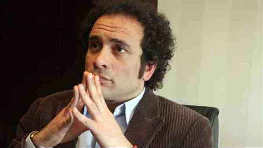 عمرو حمزاوي: شراكة الجيش والشعب والشرطة أساس القضاء على الإرهاب