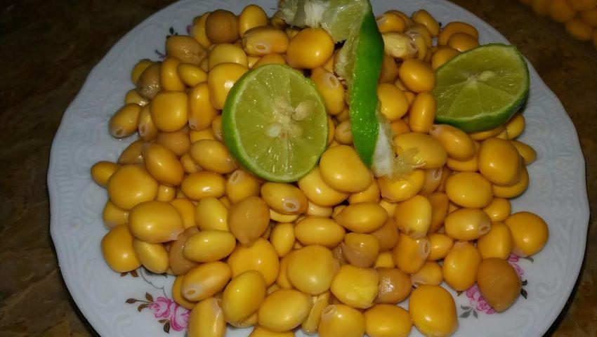 بالكشرى والبليلة وحمص الشام المصريين يستقبلون عيد الفطر