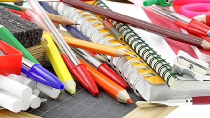 الأدوات المدرسية.. وسيلة لتحصيل العلوم ووباء يجب الحذر منه