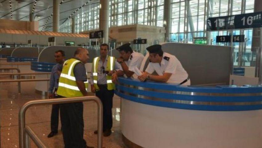 إحباط تهريب كوكايين وحشيش على جسد راكب بمطار القاهرة
