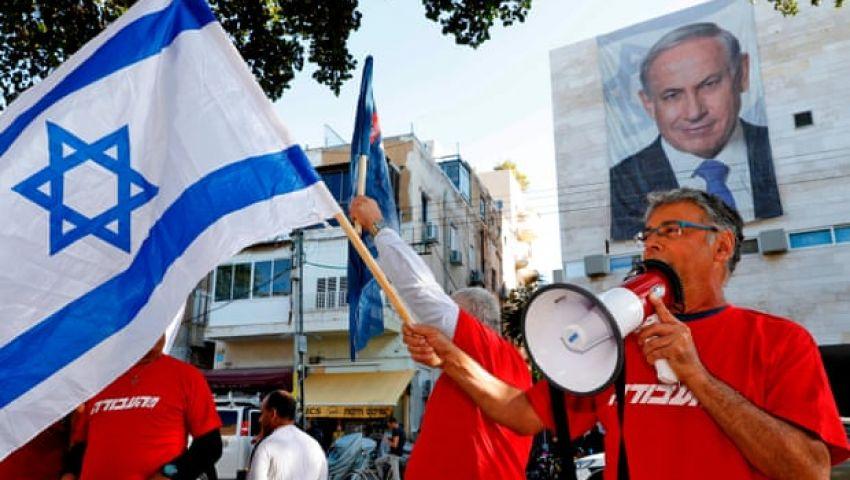 صحيفة بريطانية: بعد اتهامه بالفساد.. خصوم نتنياهو يتسابقون لإزاحته من المشهد