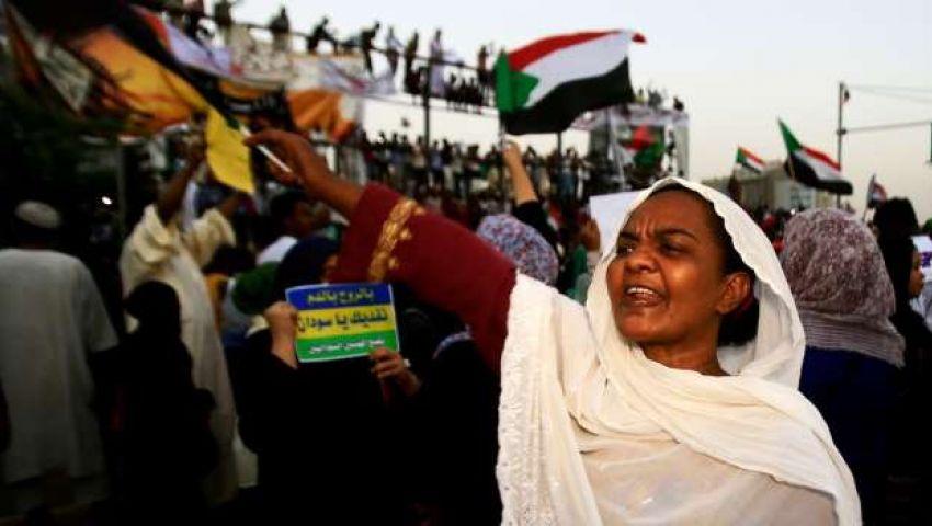 عقب مقتل متظاهرة وجنينها.. «الكنداكات» الثائرات صامدات في حراك السودان
