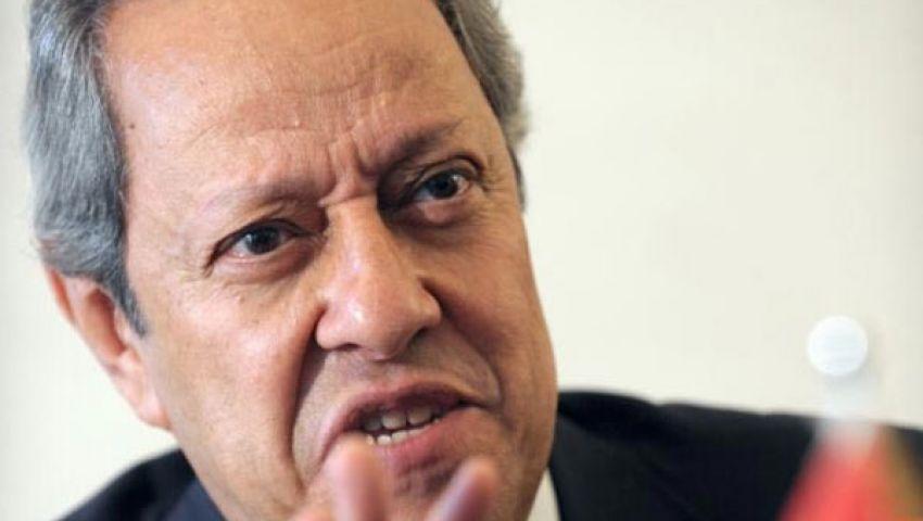 عبد النور: نساند القطاع الصناعي لزيادة الصادرات