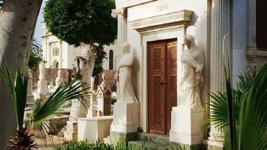 بالصور| هنا يرقد «كفافيس»..المقابر اليونانية بالإسكندرية متحف مفتوح على تاريخ