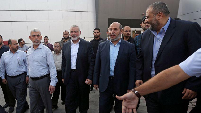 يديعوت أحرونوت: إسرائيل وحماس تدينان بالامتنان لمصر