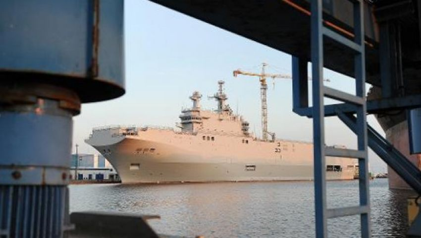 باريس تقترح علي موسكو فسخ عقد شراء سفينتي ميسترال