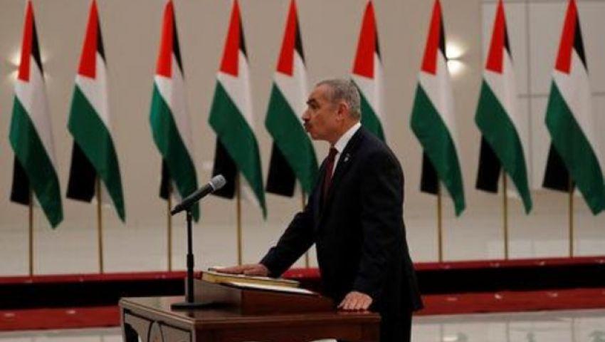 برئاسة محمد إشتية..الحكومة الفلسطينية الجديدة تؤدي اليمين