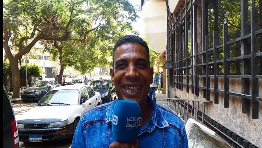 فيديو| احتفال المصريين بليلة رأس السنة.. «إفلاس أفضى إلى اللحاف»