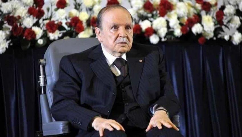 أكبر تنظيم نقابي بالجزائر يتخلى عن بوتفليقة ويزكي دعوة الجيش