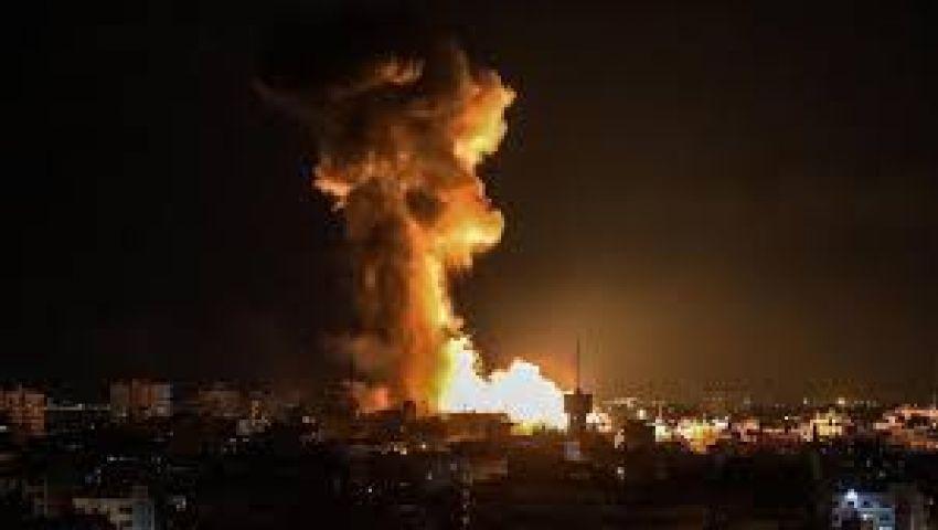 مقاتلات الكيان الصهيوني تشن غارات على مواقع بقطاع غزة