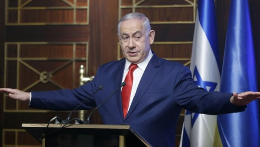 الجارديان: اعتراف إسرائيل بضرب أهداف إيرانية بسوريا تطور خطير