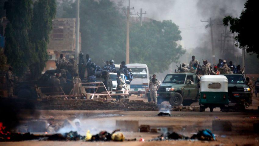 نيويورك تايمز: في السودان.. فض الاعتصام يربك المشهد السياسي
