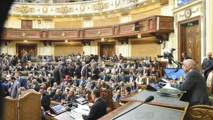 رسميا  البرلمان يوافق على قانون منح تراخيص المنشأت الصناعية