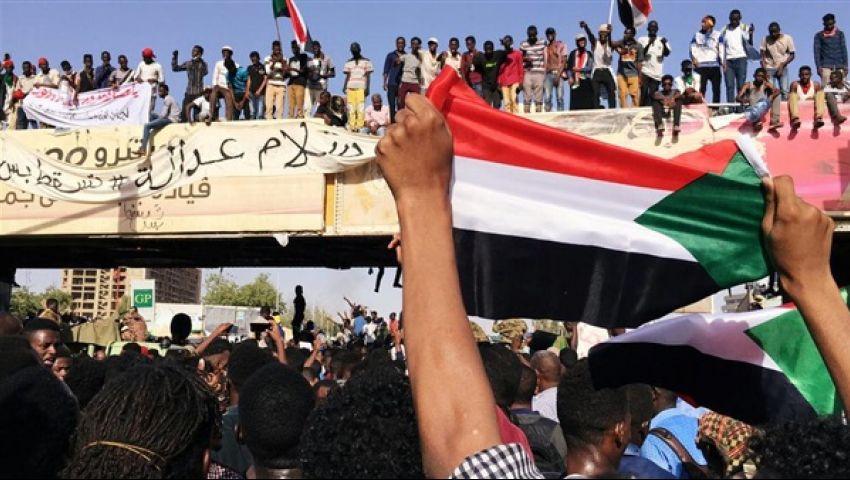 خلافات الأحزاب..باب خلفي يهدد الثورة السودانية