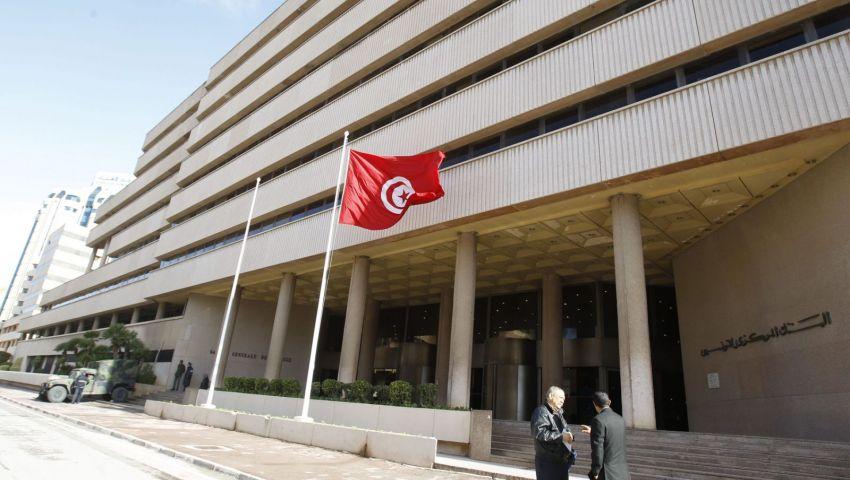 حكومة تونس واتحاد الشغل يتفقان لرفع أجور الموظفين.. لماذا يغضب صندوق النقد؟