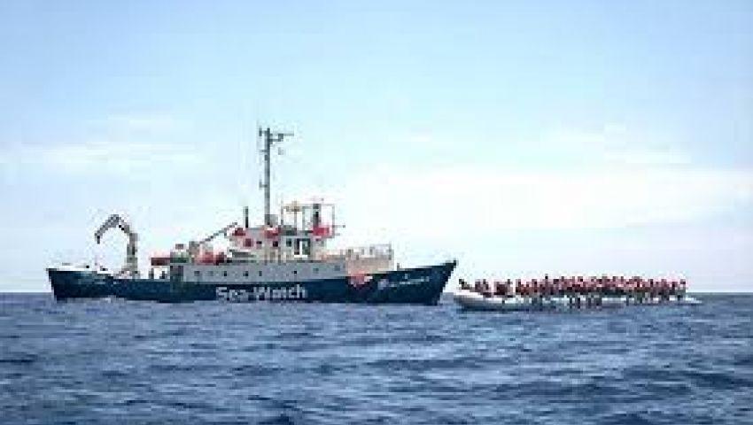 إيطاليا ترفض استقبال سفينة على متنها 54 مهاجرا
