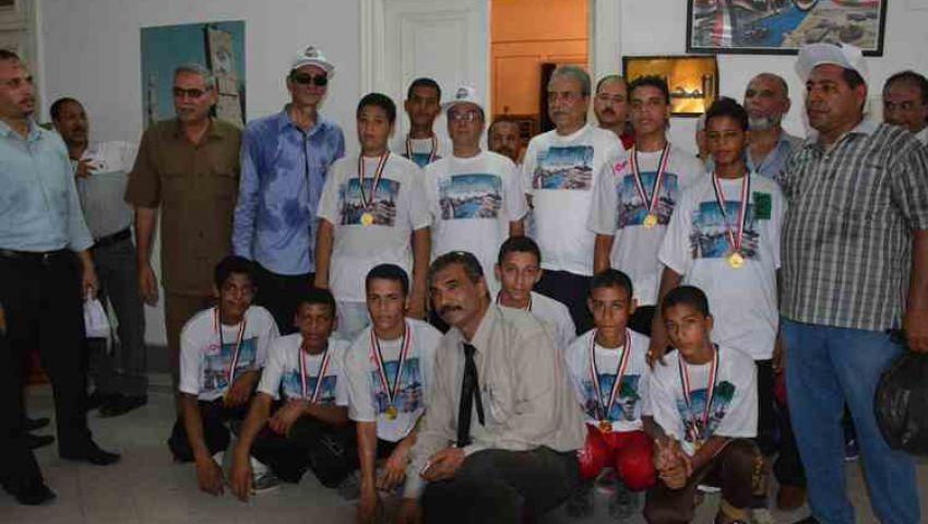 بالصور  سباق دراجات لطلاب مدارس المنيا احتفالا بالقناة الجديدة