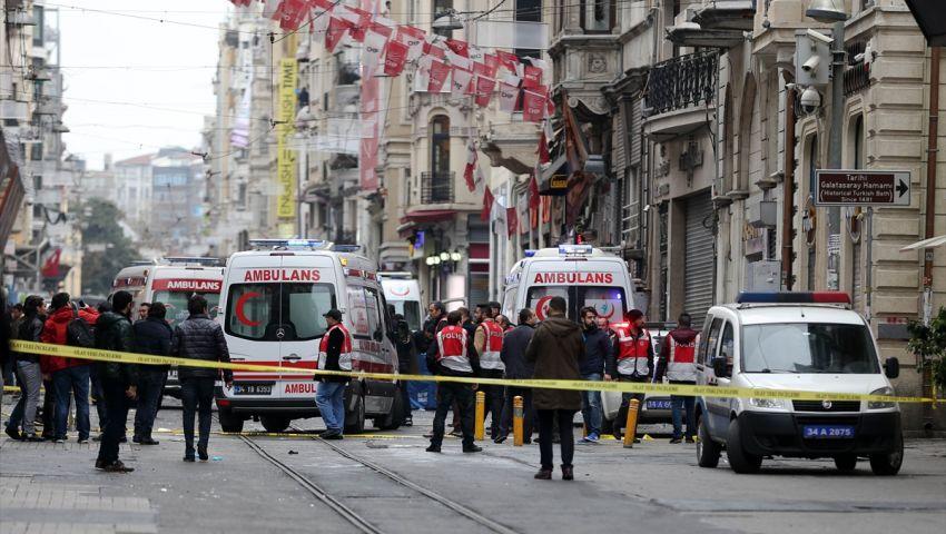 الشرطة التركية تفجر حقيبة بميدان تقسيم