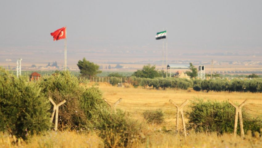 تركيا تحفر خندقًا على حدود سوريا