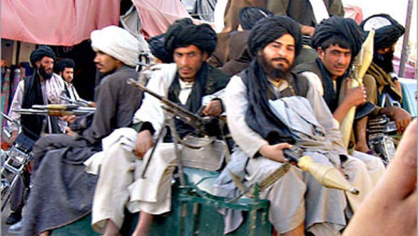 مقتل 8 أفغان أثناء توجههم للعمل بقاعدة أمريكية