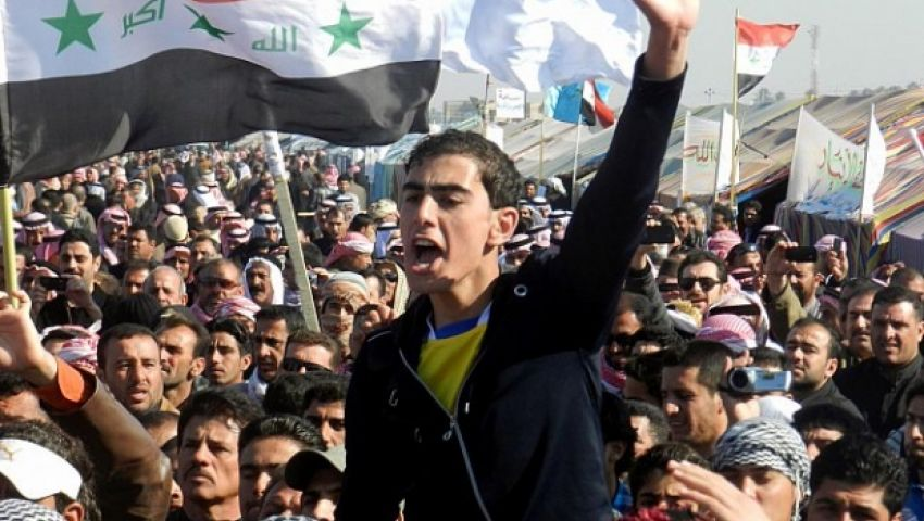 بسلاح الحشد.. سوس الفساد ينخر جسد تظاهرات العراق