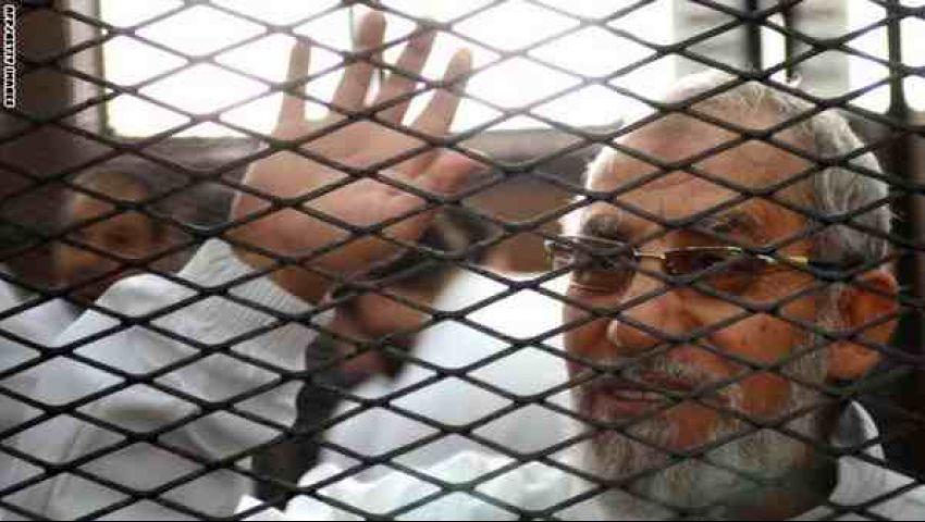 اليوم .. الحكم على بديع و١٣ آخرين في أحداث مسجد الاستقامة