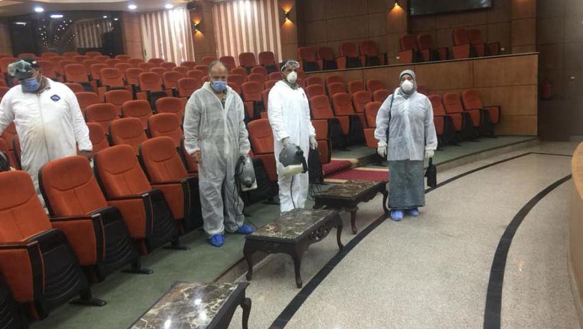 بالصور  بعد إصابة أيمن مختار بكورونا.. تطهير مبنى ديوان محافظة الدقهلية