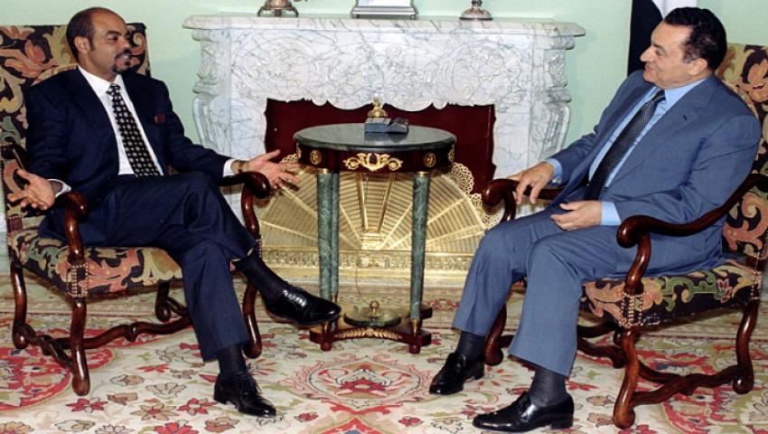 صحفي يمني يروي كواليس مثيرة عن رد فعل مبارك حول فكرة بناء سد النهضة