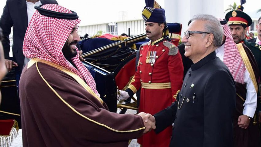 عقب زيارة «بن سلمان».. رفع حصتي حجيج باكستان والهند