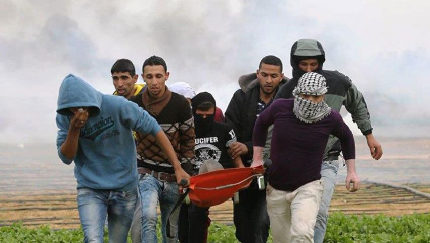 أرقام مرعبة تكشف مأساة الفلسطينيين.. 324 شهيدًا منذ انطلاق مسيرات العودة