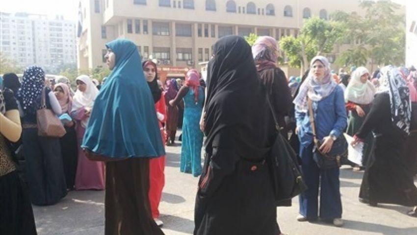 عميدة الدراسات الإنسانية: سنستدعي الشرطة لمن تشوش على زميلاتها أثناء الامتحان