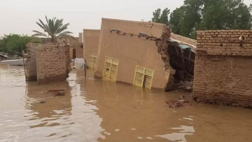 تحاصر قرى وتدمر مئات المنازل.. الفيضانات تحرم السودانيين من فرحة العيد (صور)