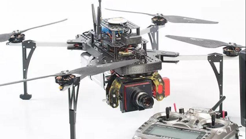 بالفيديو| كاميرا طائرة لمراقبة المنازل.. ما مميزاتها وسعرها؟
