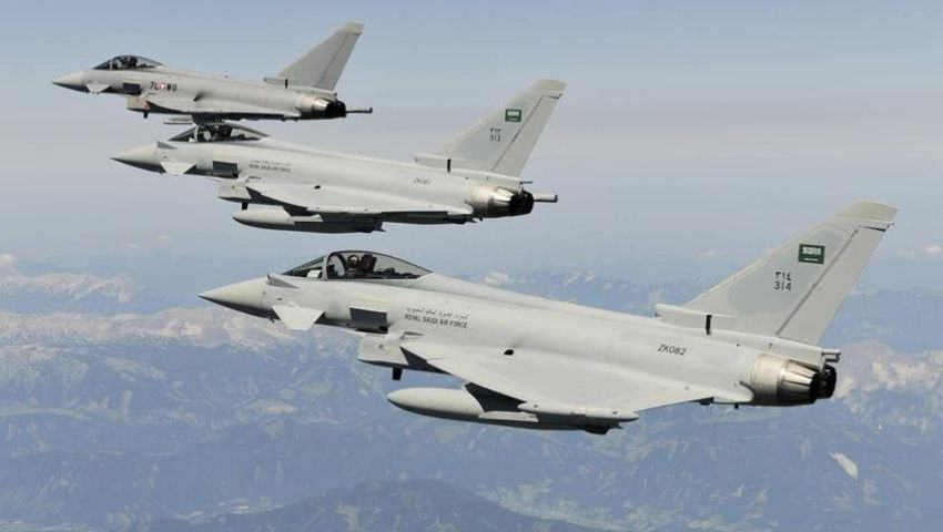 اليمن.. مقتل 23 مسلحاً حوثياً بغارات التحالف على لحج