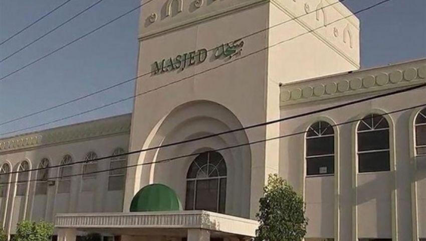 جرافيتي وحريق وإشادة بمذبحة نيوزيلندا.. هكذا تنتهك المساجد في أمريكا