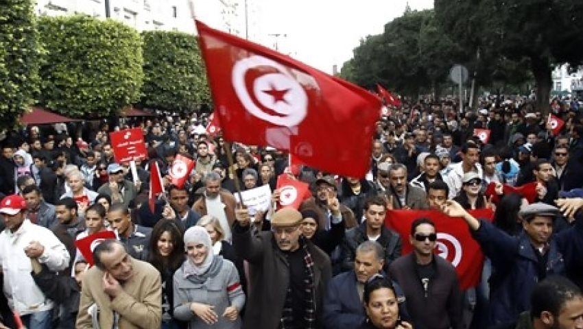 ثوار تونس: استقالة الحكومة تحقق ما حدث في مصر