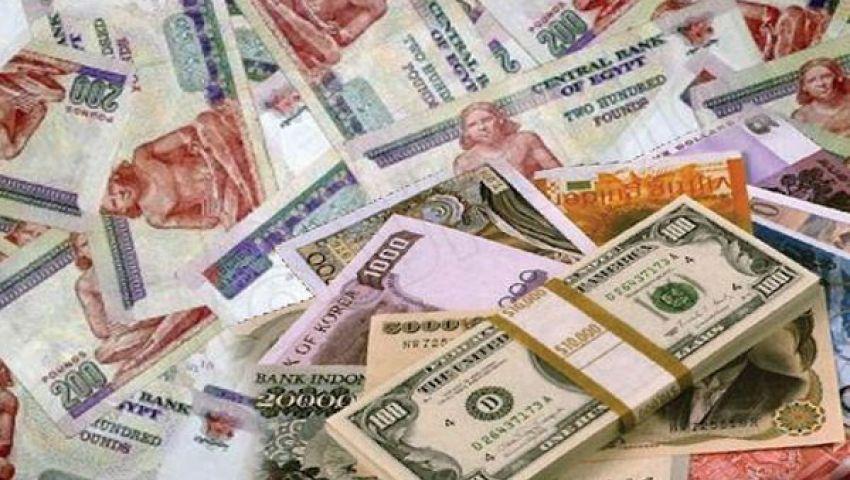 الجنيه يرتفع أمام اليورو ويستقر عند 6.99 مقابل الدولار