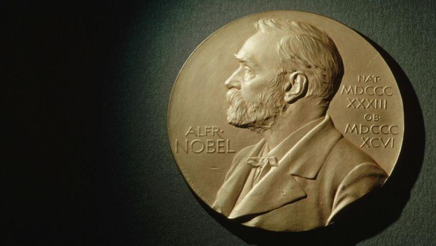 3 علماء بريطانيين يفوزون بجائزة نوبل في الفيزياء
